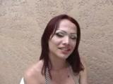 Travesti e mulher fazendo sexo gostoso.